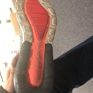 Nike Shoes - Nike 270 airmax shoes size 9.5 men US